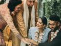 दुल्हन ने अपनी शादी में पहना ब्लू पैंटसूट