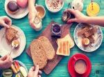 जानिए आपकी फेवरेट एक्ट्रेस ब्रेकफास्ट में क्या खाती हैं, इनमें से एक को पसंद है देसी घी के पराठे