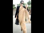 कंगना ने पहनी 600 रुपये की साड़ी, हाथ में था 2 लाख रुपये का बैग!