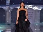 LFW 19 के फिनाले में करीना कपूर खान ने किया वॉक, रैम्प पर चला खूबसूरती का ब्लैक मैजिक