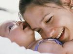नवजात शिशु के शरीर से क्यों आती है खुशबू, जाने क्या कहते हैं एक्सपर्ट