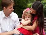 यदि आप अपने बच्चे को टफ और मजबूत बनाना चाहते हैं तो ये 5 बातें उससे कभी न कहें!