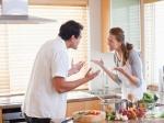 Relationship Tips in Hindi: कितनी भी बढ़ जाए तू-तू मैं-मैं, पार्टनर को कभी ना बोले ये बातें
