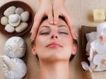 ज्यादा फेशियल चेहरे के लिए हो सकता है खतरनाक, भुगतने पड़ सकते हैं ये दुष्परिणाम