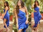 जाह्नवी कपूर के फैशन स्टाइल के आगे फीका पड़ा बी टाउन का जलवा, देखें हॉट फोटो