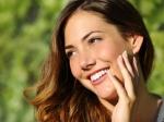 चेहरे की झुर्रियों और दाग धब्बों को खत्म करने के लिए 5 एंटी एजिंग फूड्स का करें इस्तेमाल