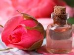 पिंपल और एक्ने से छुटकारा पाने के लिए गुलाब जल का करें इस्तेमाल