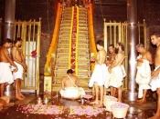 केरल का सबरीमाला मंदिर जहां महिलाओं का जाना है वर्जित