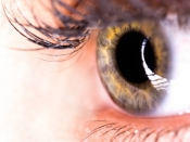 आंखों का यह रंग बताता है कि आप कितनी शराब पीते हैं!