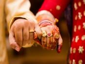 साल 2020 में शादी के बंधन में बंधना चाहती हैं तो मनचाहे वर के लिए करें ये उपाय
