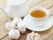 लहसुन की चाय पीने से कंट्रोल रहेगा बीपी, बढ़ते वजन को भी करता है दूर