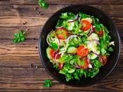 मानसून डाइट: कच्चा खाने से बचें, सही तरीके से खाएं सलाद