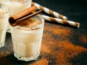 दूध में दालचीनी मिलाकर पीने से होते हैं कई फायदे, कई छोटी-छोटी बीमारियों का है हल