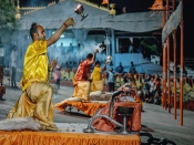 करवाचौथ से शुरू हो रहा है नवंबर माह, जानें दिवाली-छठ जैसे सभी बड़े त्योहारों की तारीख