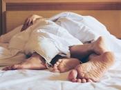 बेड पर कपल्स को रहती है अपनी परफॉर्मेंस की चिंता, ये तरीके करेंगे मदद