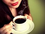 खाली पेट भूलकर भी ना पिएं कॉफी, आपकी सेहत को हो सकता है नुकसान