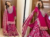 दिवाली पर स्टनिंग फेस्टिव लुक के लिए हिना खान के पिंक शरारा सूट को करें ट्राई