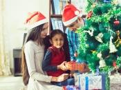 क्रिसमस पर बच्चों को दें यह अनोखे उपहार, हो जाएंगे बेहद खुश