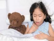 बच्चों को खांसी से राहत देने के लिए करें ये देसी उपाय