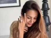 मलाइका अरोड़ा जवां और ग्लोइंग स्किन के लिए करती हैं ये योग आसन