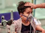 कोरोना की तीसरी लहर में मासूम बच्चों पर खतरा, जानें क्या बोले वैज्ञानिक