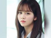 सिल्की और घने बालों के लिए अपनाएं कोरियन महिलाओं का हेयर केयर रुटीन