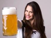 बालों में बीयर का इस्तेमाल करने से होते है ये नुकसान, हो सकते हैं गंजे