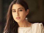 सारा अली खान नेचुरल ब्यूटी के लिए मां अमृता सिंह के ब्यूटी टिप्स का करती हैं इस्तेमाल