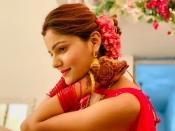 करवा चौथ 2021: इस करवाचौथ वेलवेट की चूड़ियों का है ज्यादा फैशन, कांच से लेकर मेटल तक- देखिए डिजाइन