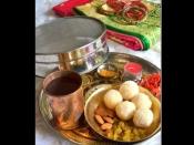करवा चौथ के दिन ही पड़ रही है पीरियड्स की डेट तो इस तरह करें पूजा