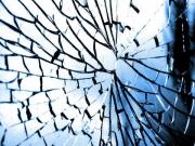 क्या शीशे का टूटना अपशुगन होता है?