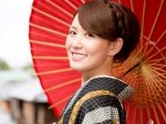 जापानी लोगों की निखरी और बेदाग त्वचा का सीक्रेट है वॉटर थैरेपी, जानें डिटेल्स