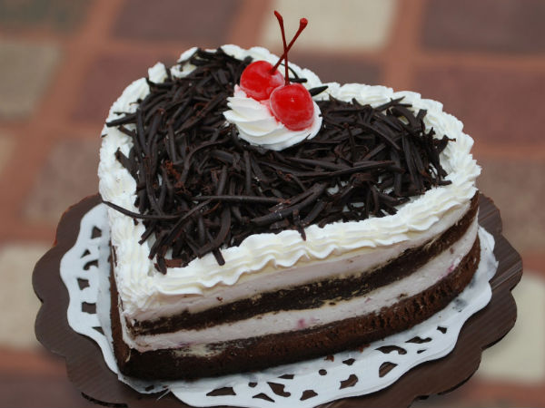 Black Forest Cake In Hindi