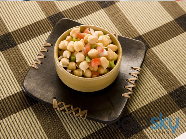 Chana Salad: Weight Loss Recipe