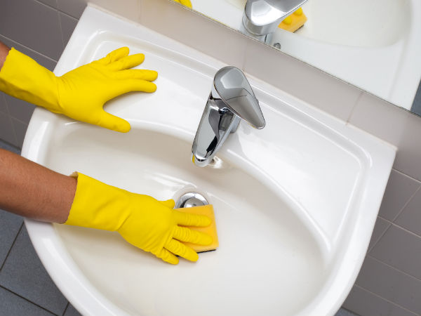 Tips To Clean Your Wash Basin