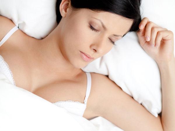10) नींद आने में सहायक