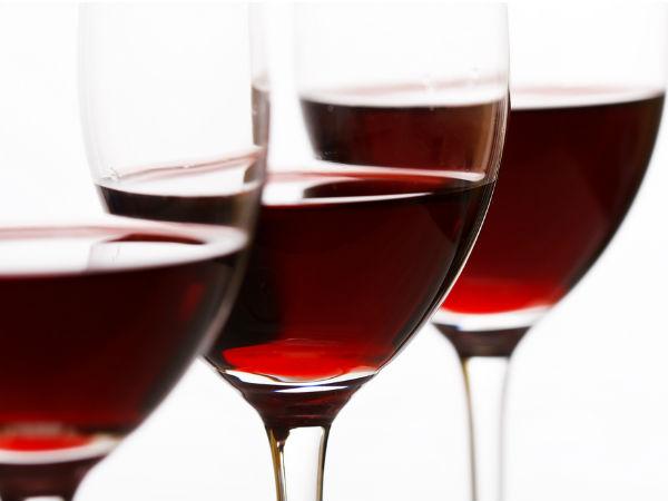 अच्छी खबर यह है कि रेड वाइन कैविटी से भी लड़ती है