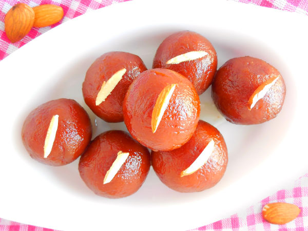 Strawberry Gulab Jamun
