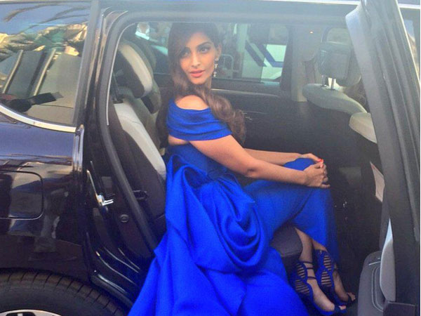Sonam Kapoor In Dreamy Blue2