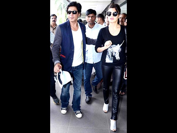 Get Shahrukh Khan's Airport Look 5
