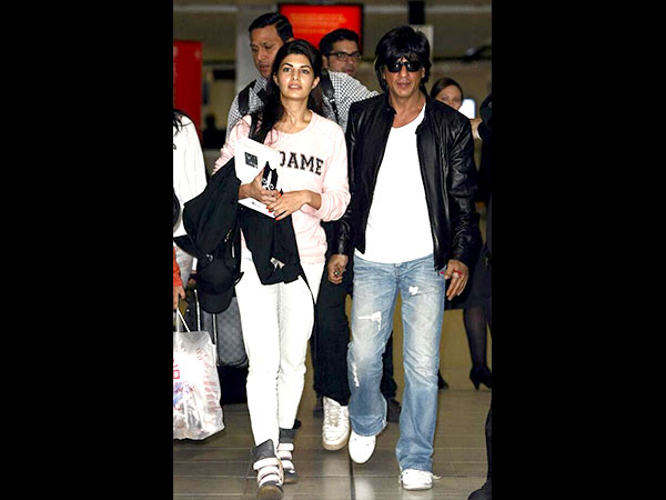 Get Shahrukh Khan's Airport Look 2