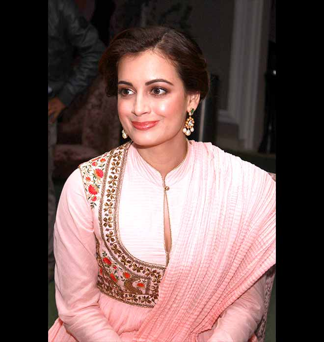 Gorgeous Dia Mirza In A Beautiful Pink Anarkali Suit 2