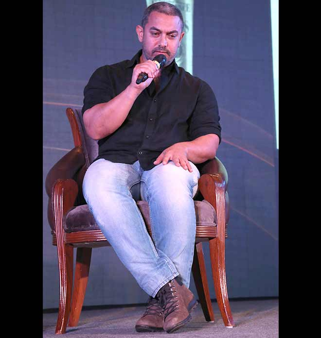 Is Aamir Khan Aging Or It's Simply One Of His Movie Looks?