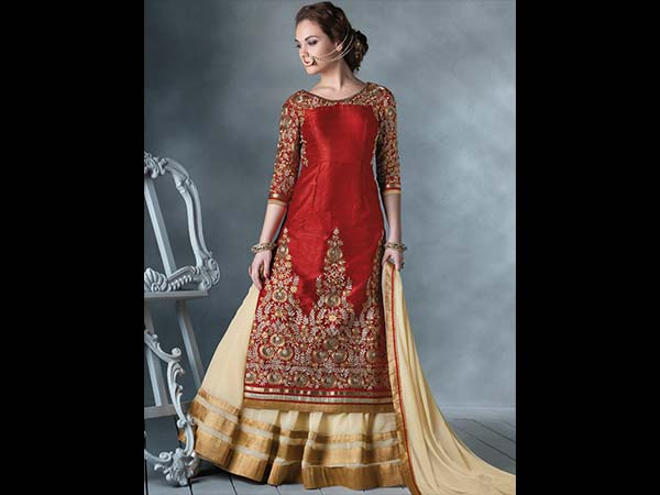 2 Gorgeous Lehengas Under 12000
