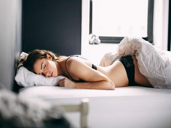 सोते समय अंडरवेयर पहनना स्वास्थ्य