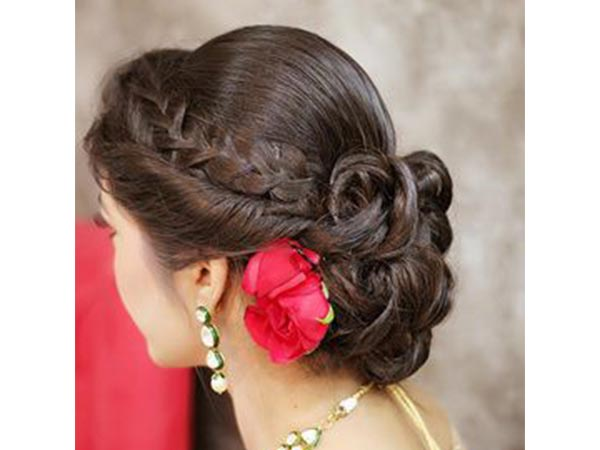 Hairstyles To Try Out This Navratri