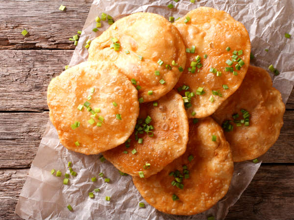 Aloo Puri Recipe For Breakfast