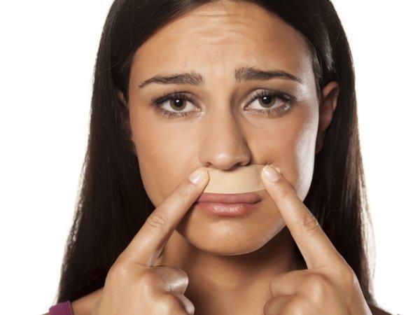 चेहरे की वैक्सिंग करने से पहले इन बातों को अवश्य जानें