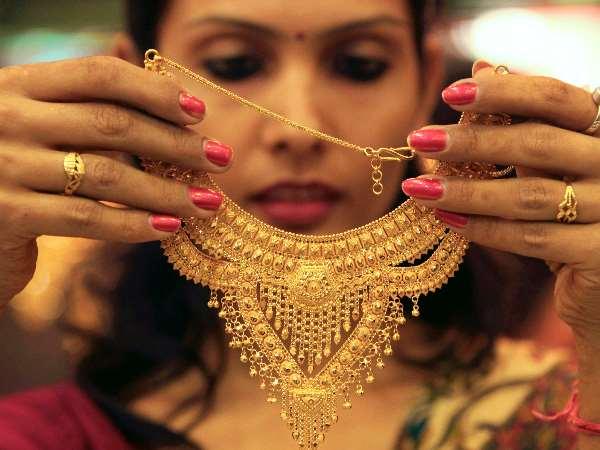 मालामाल बनने के लिये शुक्रवार को जरुर करें ये उपाय, मां लक्ष्मी जरुर होंगी महरबान