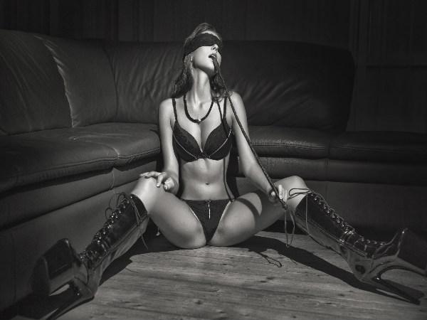 बेडरुम में इस्तेमाल होने वाले सेक्स टॉयज का स्वास्थय पर पड़ सकता है बुरा असर !